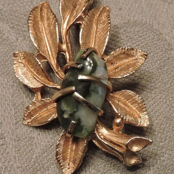 Beautiful Estate Vintage BSK Green & White Stone Gold Tone Brooch/Pin