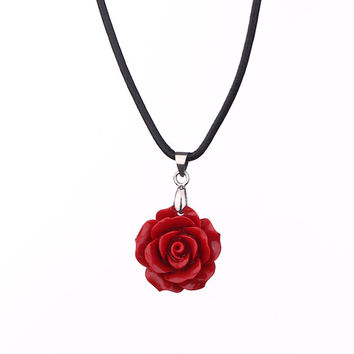 Rose Cast Necklace