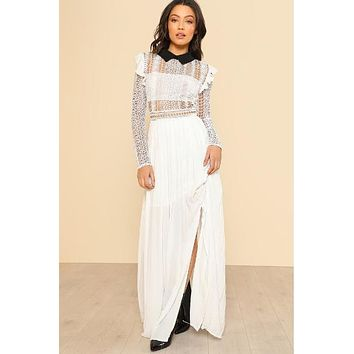 White Contrast Collar Lace Bodice Pleated Dress