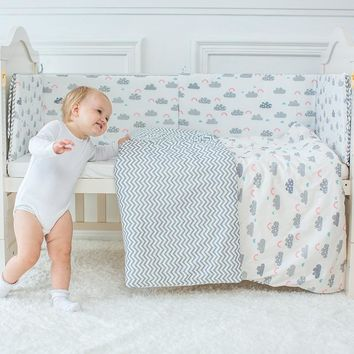 Baby Bedding Set, Cute Cloud Pattern Including Quilt, Pillow, Cot Bumper, And Bed Sheet