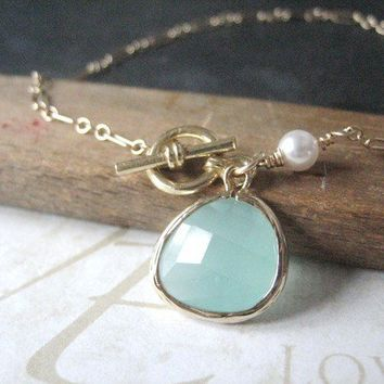 ANNIE milky turquoise pearl bracelet (gold)