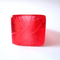 Square red resin ring , womens resin ring jewelry square ,  feather cocktail resin ring , Australia , size 8 ring , resin jewellery