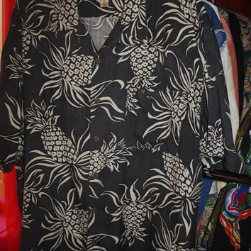 Amazing Vintage Hawaiian Shirt TOMMY BAHAMA Gray W Pineapples Size XL 100 % Silk  Very Collectible