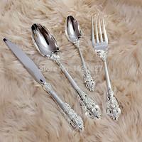 4Pcs Silver Flatware Set Cutlery Set Dinner Set Tableware Silverware Dinner Fork Spoon Knife