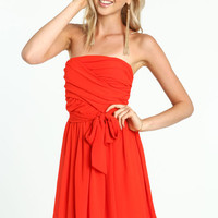 TOMATO STRAPLESS GATHERED DRESS