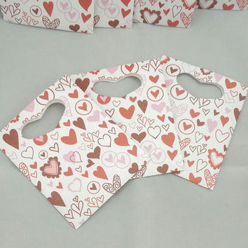 Red and Pink Heart Paper Favor Bags with Die Cut Heart handles, Valentine's Gift Bag, Favor Bag, Cookie Bag, Candy Bag