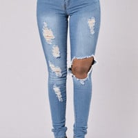 On My Way Out Jeans - Medium Blue