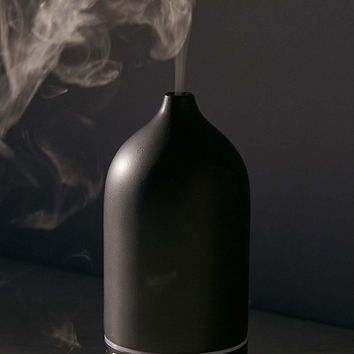 Earth Luxe Ultrasonic Ceramic Atomizer Diffuser | Urban Outfitters