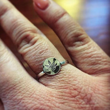 Sweet Leaf Sterling Silver Stacker Ring