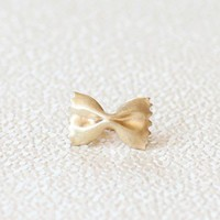 bow delight ring at ShopRuche.com