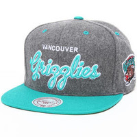 Vancouver Grizzlies NBA Melton Wool Script Snapback Hat by Mitchell & Ness