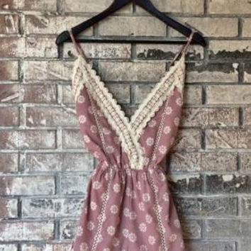 Pin Up Lace Romper