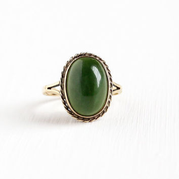 Vintage 9k Yellow Gold Nephrite Jade Ring - Retro 1960s Size 6 3/4 Dark Green Oval Jade Cabochon Gemstone Statement Fine Jewelry
