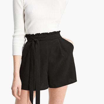 Shorts morbidi - Short| Stradivarius Italia