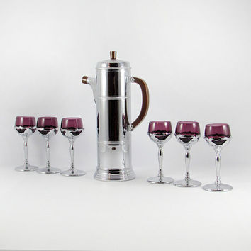 Vintage Farber Brothers Krome-Kraft, Bakelite Cocktail Shaker and Cordial Glasses with Amethyst Glass Inserts, Art Deco, Mid-Century Modern