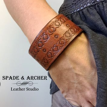 Leather Cuff - Hand Tooled Barbed Wire Pattern