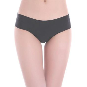 feitong Best Selling Hit Color Everyday 1PC Women High Quality Invisible Underwear Thong Cotton Spandex Gas Seamless Crotch