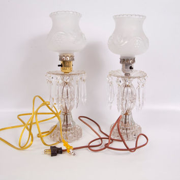 Vintage Hobnail Glass Crystal Table Lamps 24 Crystal Teardrop Prisms Frosted Globes Vanity Lamps