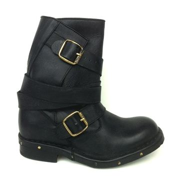 Jeffrey Campbell – Edgy Brit Slouchy Ankle Boot In Black Distressed Leather | Thirteen Vintage