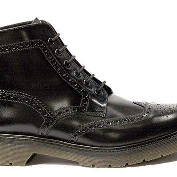 Loake - Black Smooth Leather Brogue Boot (860)