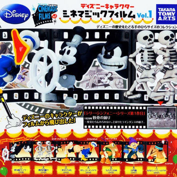 Takara Tomy Disney Characters Capsule World Gashapon Cinemagic Films Diorama Part 1 7 Trading Figure Set