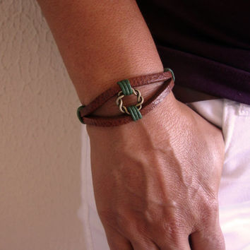 FREE SHIPPING - Men's Bracelet, Leather Men Bracelet, Men's Leather Bracelet,  bracelet. Brown Leather and Bronze magnet Clasp Bracele