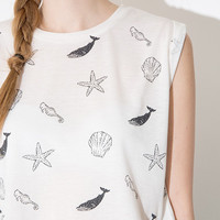 Seashells Print Sleeveless Graphic Cropped Tee