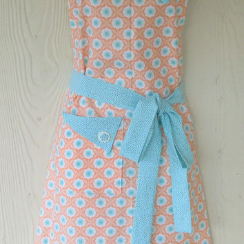 Orange Floral Apron , Coral and Aqua, Retro Apron , Women's Full Apron , Vintage Style , KitschNStyle