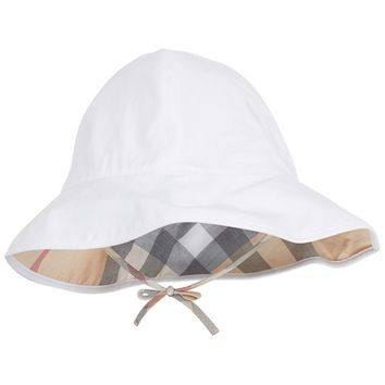 Burberry Nova Check Lined Sun Hat | AlexandAlexa