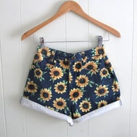 Vtg 90s Floral Sunflower High Waisted Denim Shorts Mom Jean Rolled Cotton 24""