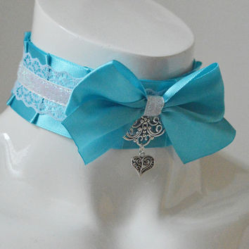 Lolita collar - Winter queen - turquoise blue satin and white pleated choker - ddlg kittenplay kitten play neko kawaii cute cosplay costume