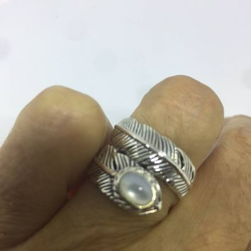 Vintage Antique southwestern Mother of Pearl 925 sterling silver wrap feather ring