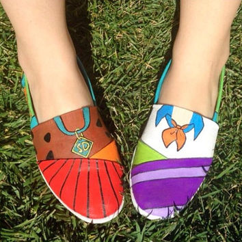 Scooby Doo hand painted canvas shoes by Katietheladycrafts on Etsy
