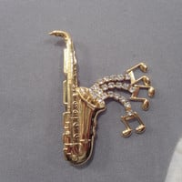 Vintage Saxophone Brooch gold tone rhinestones expandabe musical notes pin dangling costume jewelry art deco musician broach