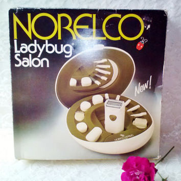 NEW Norelco Ladybug Salon Electric Manicure Set Shaving Set NIB Gift Set Razor Facial Nail Scalp Tools Travel Case Mirror Body Beauty Spa