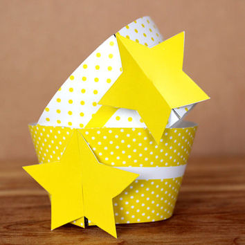 Bright Yellow Star 3D Cupcake Wraps - DIY printable party supplies – polka dot wraps for baby showers or birthday parties - INSTANT DOWNLOAD