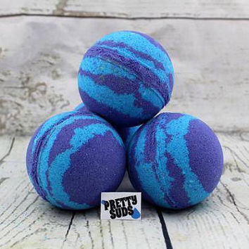 Purple thunder bath bomb