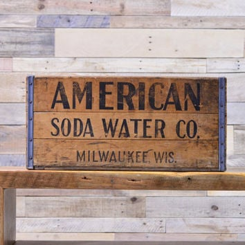 Vintage American Soda Water Wood Crate, Removable Divider, Milwaukee Wisconsin Crate