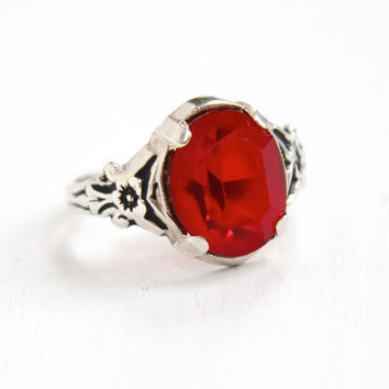 Vintage Sterling Silver Red Stone Ring - Mid Century 1950s 1960s Size 8 Glass Stone Hallmarked Uncas Flower Shoulder Jewelry