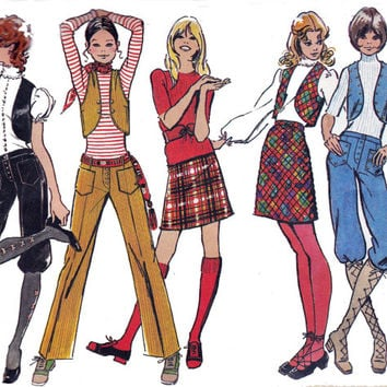 Mini Skirt Vest Knickerbockers & Pants 1970s Vintage sewing pattern Simplicity 9566 Size 12 Bust 34 inches