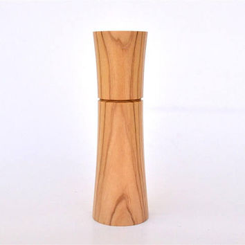 "Standing Olive Wood Needle Holder, Holds up to 8 cm long Needles (3"" 5/32) Standing / Needle Case"
