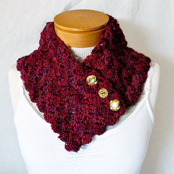 Red and plum scarf Button neck warmer cowl  Purple and cranberry collar  Vintage buttons Scarflette for women teen crochet