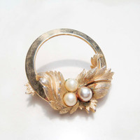 Vintage Sarah Coventry Gold and Pearl Brooch