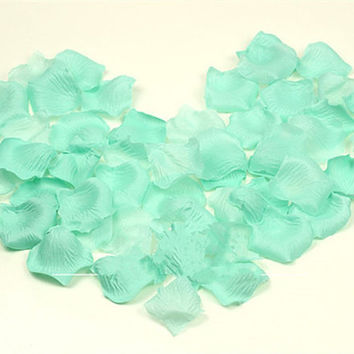 Mint Green Silk Wedding Flower Petals -- Bridal Shower -- Baby Shower -- Decoration-- Craft Supply -- Confetti