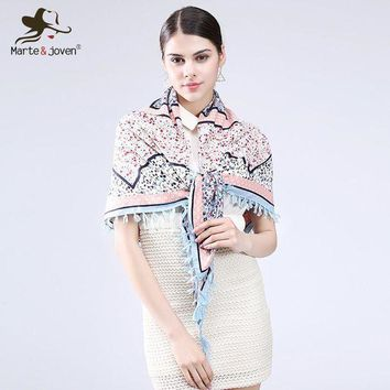 CREYCI7 [Marte&Joven] Fashion Fringed Brim Floral Wrap and Scarf Ethnic Style Bandana Flower Design Square Scarves and Shawls for Women