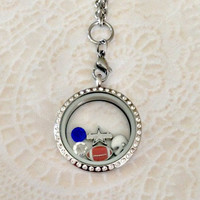 Living locket Dallas Cowboys theme