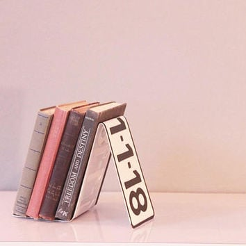 Book ends, Book holder,book lover gift, custom bookend, Industrial bookends, book shelf, man cave, bookends for girl, license plate, bookend