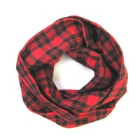 Black and Red Plaid, Toddler Scarf, Flannel Scarf, Unisex Scarf, Children's Clothing, Baby Shower Gift, Bib Scarf, Ready to Ship