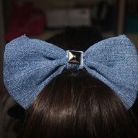 Jean Stud Hair Bow.