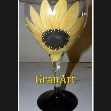 Sunflower Wine Glass, Hand Painted Wine Glass, Sunflower, Fall, Autumn, Summer, Decorated Glass, Flower, GranArt, Home Decor, Fall Wedding